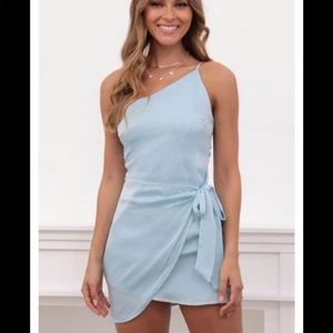Lucy In The Sky dress- never worn size M